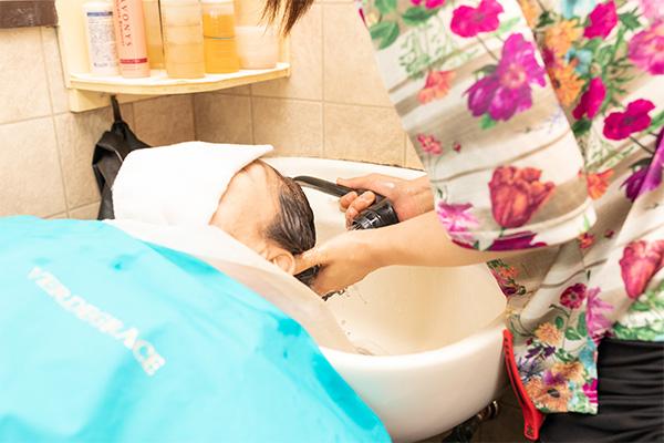 頭皮洗浄とヘッドスパ